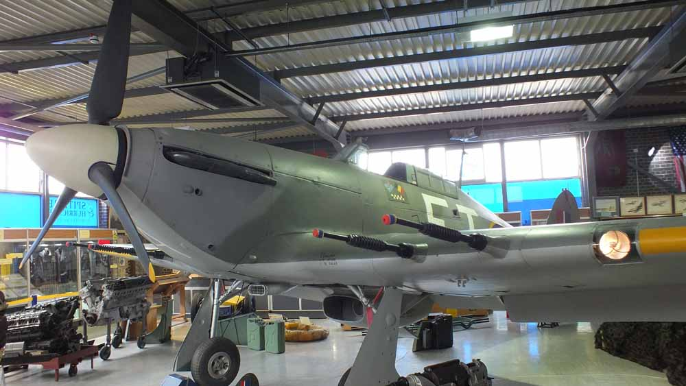 Hurricane Mk IIc – Zdjęcia Walkaround – The Spitfire & Hurricane Memorial Museum