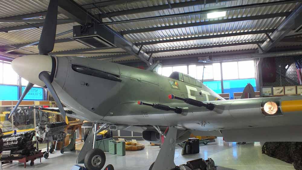 Hurricane Mk IIc – Zdjęcia Walkaround – The Spitfire & Hurricane Memorial Museum