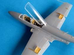 Iskra 1/72 built kit