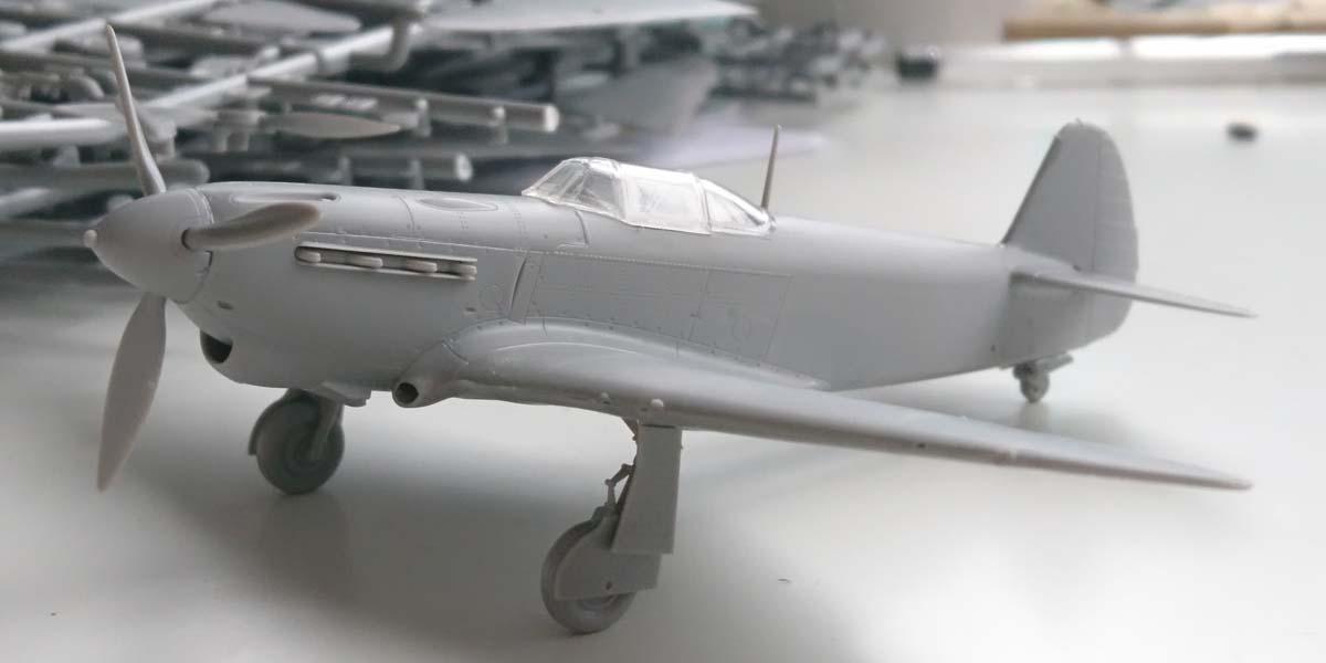 Próbne wtryski modelu Jak-1b